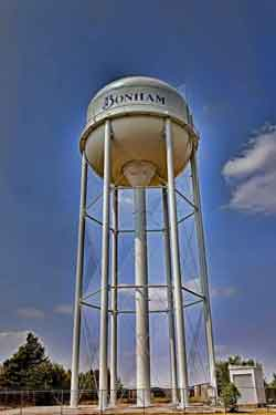 Bonham-Water-Tower